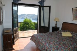 Alambra bedroom with sea view
